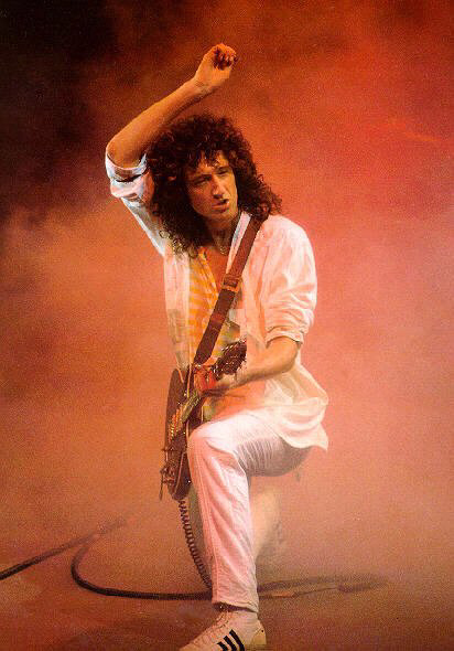 Queen - Royal Legend: Photos: Brian May